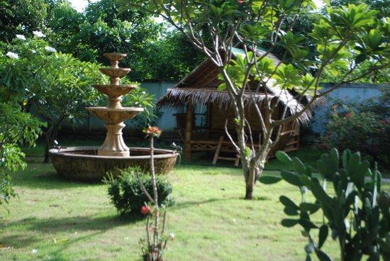 Ban Sabai Sabai: A view from the lovely garden...