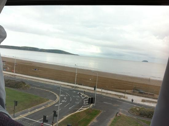 Premier Inn Weston-Super-Mare (Seafront) Hotel: morning view from room 409!