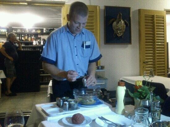 Malinska, Croacia: Making of tartar biftek-the best one on the island! Thank you Marko!! :))
