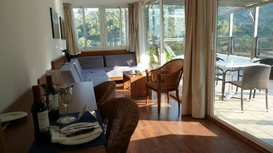 Hotel Los Geranios: Our Lounge
