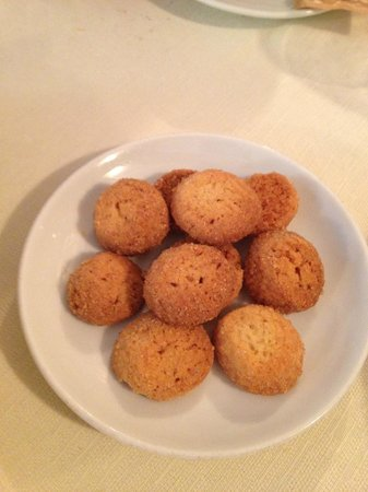 Osteria Quatro Pass: Questi biscottini (portati col caffè) sono esagerati!