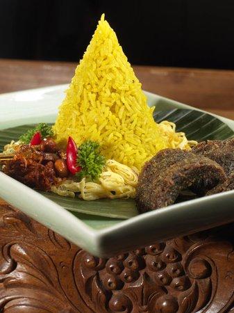 Dewi Sri: Nasi Tumpeng