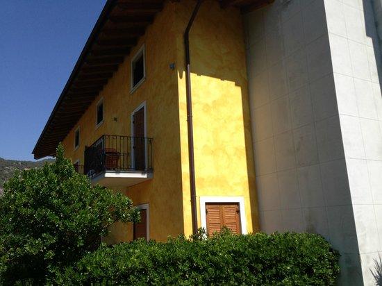 Hotel Garni al Frantoio : Camere lato parcheggio
