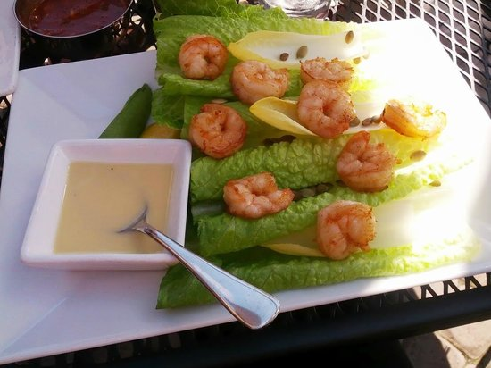 Las Brisas Mexican Restaurant: mango and avocado salad with shrimp added and dressing on the side.
