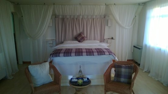 Ros-Mhor Bed and Breakfast: Bedroom