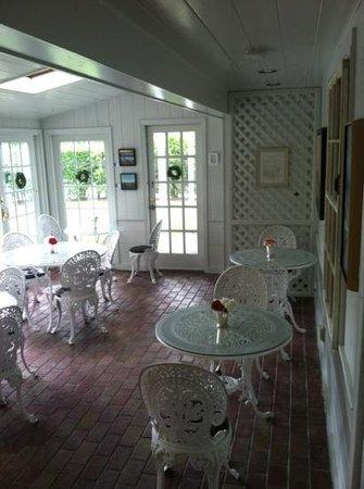 Chatham Gables Inn: where breakfast was served!