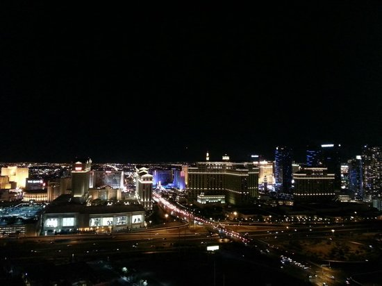 VooDoo Lounge : Vegas at night view