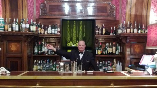 Grand Hotel Plaza - Main Bar
