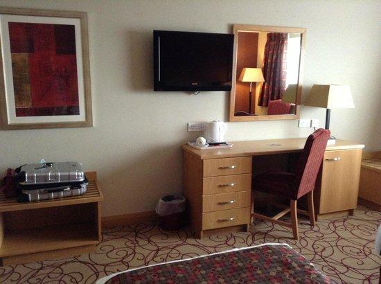 Curran Court Hotel: Twin Bedroom
