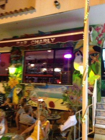 Charly's Gin & Cocktail bar : getlstd_property_photo