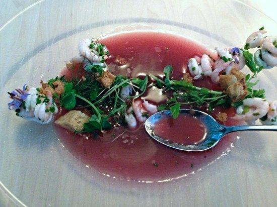 Fabriken Furillen: Gazpacho beetroot with shrimps & mushroom cream