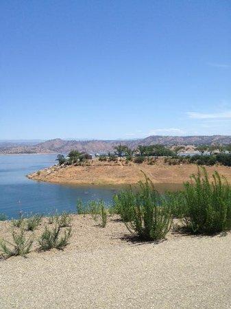 Friant, CA: Lake