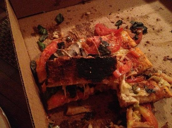 Pizza Pata: Burnt pizza