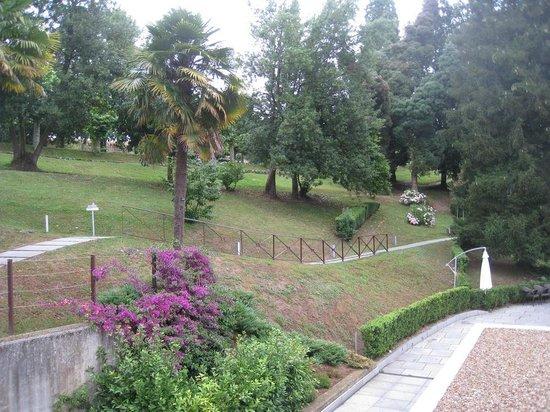 Gran Hotel Las Caldas: Vista del jardín