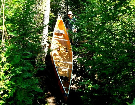 Tuscarora Lodge and Canoe Outfitters: A short steep pitch on a portage