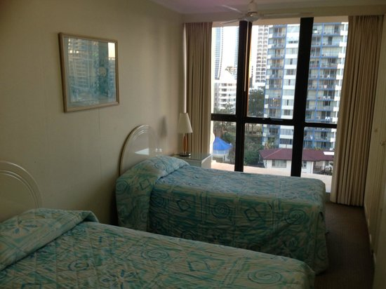 BreakFree Beachpoint: Second Bedroom in 8H