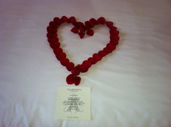 Heart Shaped Rose Petals On The Bed Picture Of Kimpton Angler S Hotel Miami Beach Tripadvisor