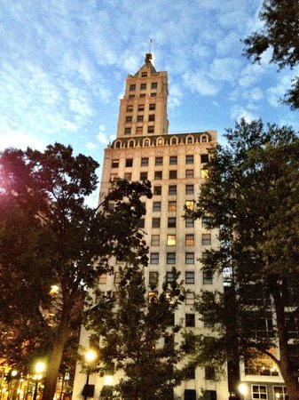 Sleep Inn at Court Square: Lincoln American Tower from Court Square in front of hotel...