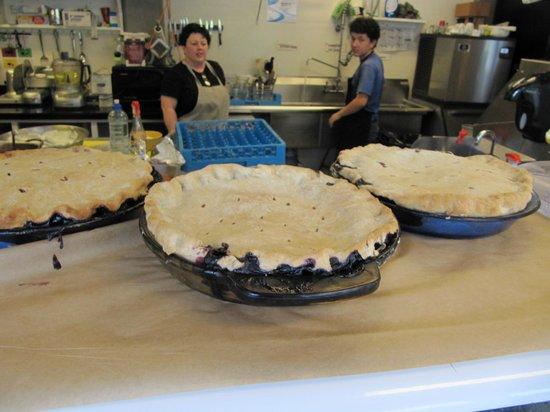 The Inn at the Wharf Restaurant: Homemade Blueberry Pie