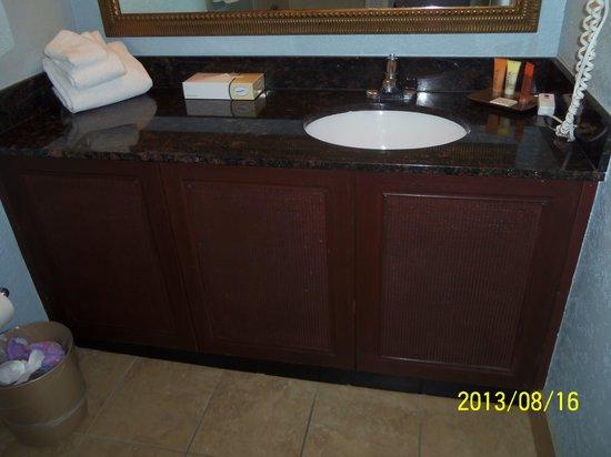 Bayside at Sandestin: bathroom average size