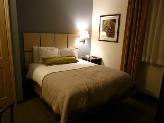 Candlewood Suites Miami Airport West: Chambre principale