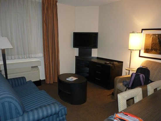 Candlewood Suites Miami Airport West: Salon