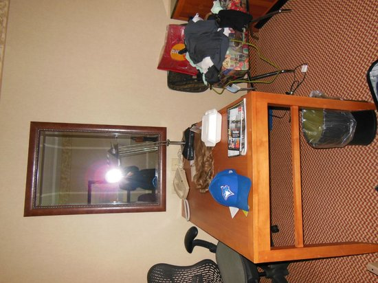Hilton Garden Inn Halifax Airport : Desk area (Do not mind the mess!)