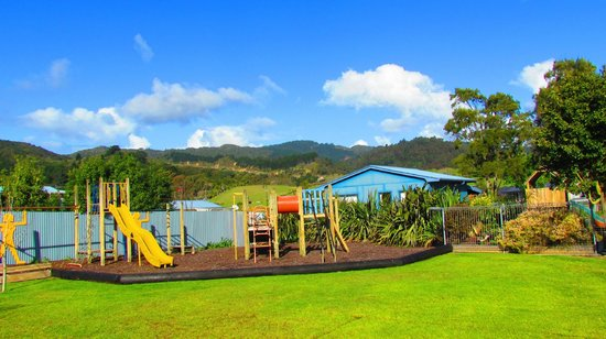 Coromandel TOP 10 Holiday Park: Playground