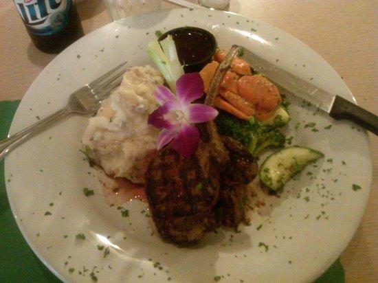 Red Wing Restaurant: Grilled Elk Chops!!!!