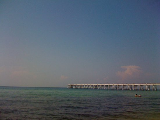 Navarre Beach: View of pier