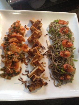 Love Bites Cafe: Kimchi miso-honey tofu soba salad