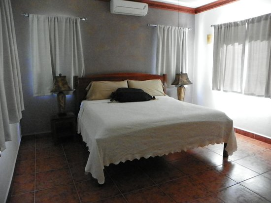 Villa Delfin Roatan: Bedroom