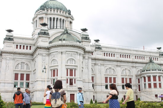 Ananta Samakhom Throne Hall: ananda samakhom