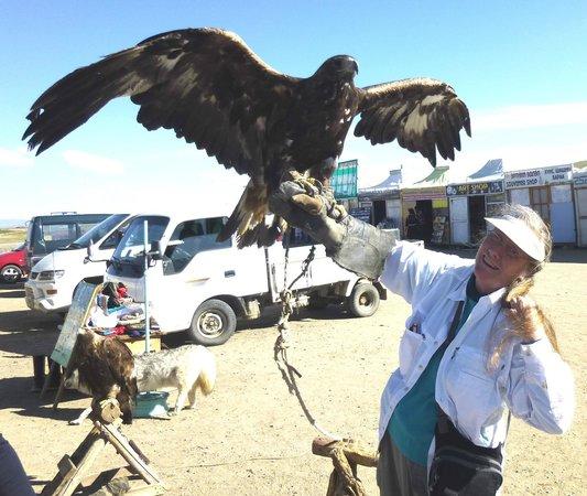 Erdene Zuu Monastery: Eagles - heavy!