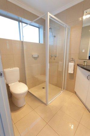 Bay 10 Accommodation: Studio Suites
