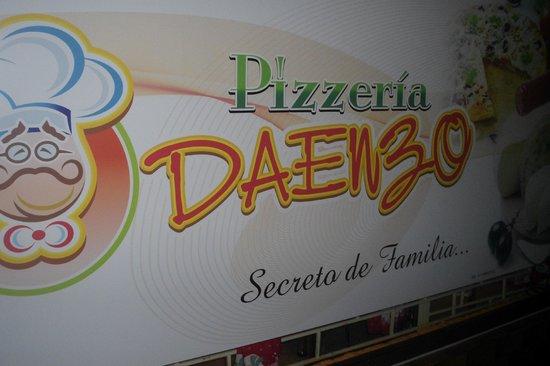 Pizzeria Da Enzo : Entrada de la pizzería