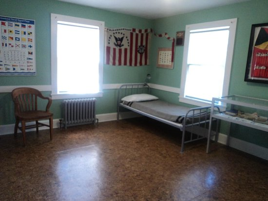 Umpqua River Lighthouse: A coast guard room in the house