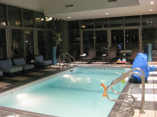 Indoor pool - Picture of Hilton Garden Inn Chicago Downtown ...