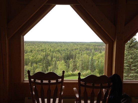 Denali Overlook Inn: From our bed in the Denali view suite
