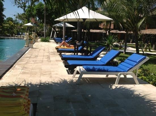 Puri Saron Hotel Baruna Beach Cottages Bali: Oasis.