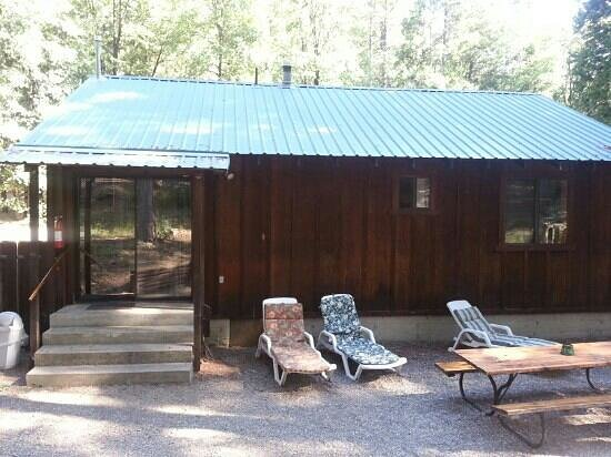 Yuba River Inn: the Aspen cabin, very comfortable