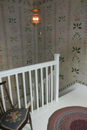 "Blue Skye Farm : hand stenciled ""wall paper"""