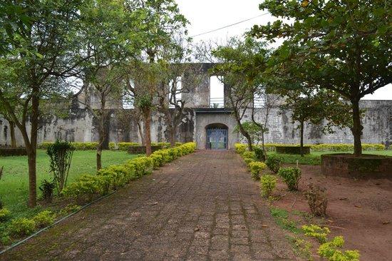 Anchuthengu and Anjengo Fort : Inside