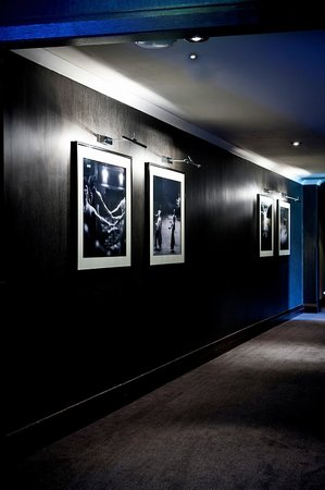 The Glasshouse, Autograph Collection: Hallway artwork