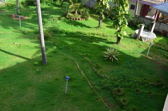 Sea Win Resort: Garden