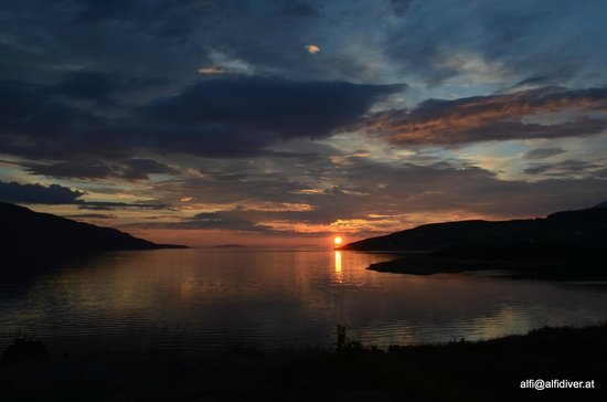 Riverview B&B: Sunset in Ullapool