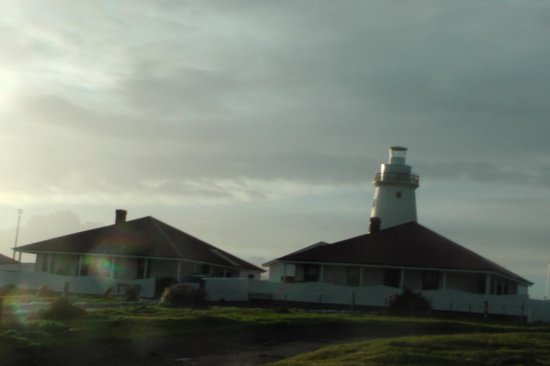 Cape Willoughby Lighthouse Keepers Heritage Accommodation: View of the front of the cottages