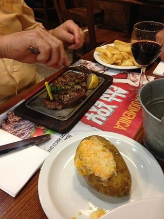 Roadhouse Grill: Carne