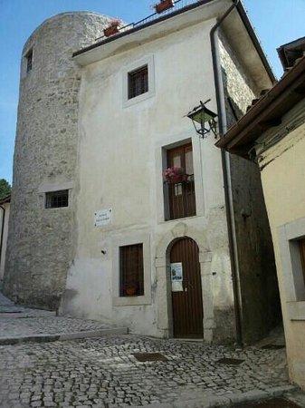 Villetta Barrea, Museo Della Torre