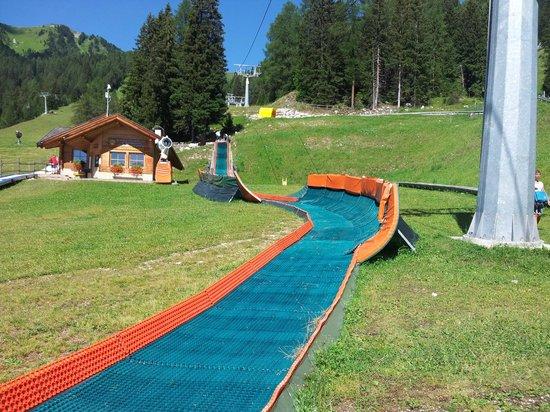 Ski Center Latemar : pista gommoni